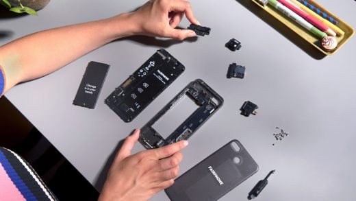 The EU wants to introduce a 'right to repair' for phones and tablets by 2021
