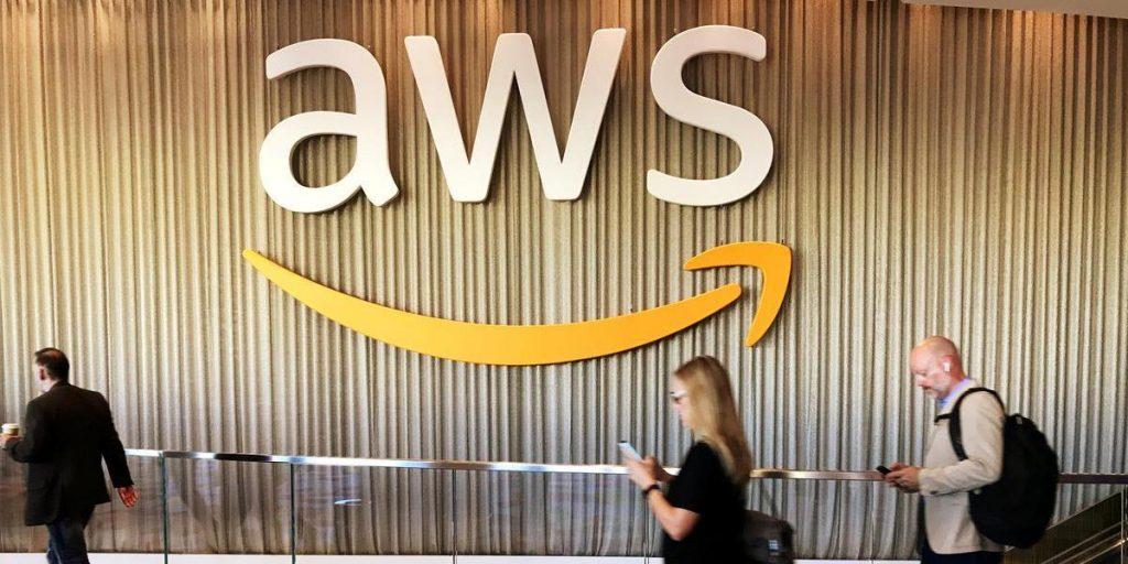 AWS  Amazon