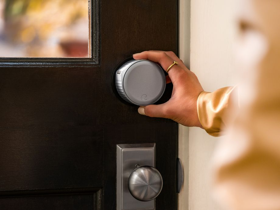 The smaller size of the Wi-Fi Smart Lock makes it easier to turn when manually locking the door. Photo: August