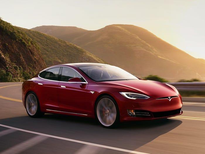 Tesla Model S. Tesla