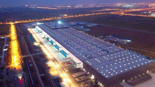 The Tesla Inc. Gigafactory in Shanghai, China. Photographer: Qilai Shen/Bloomberg
