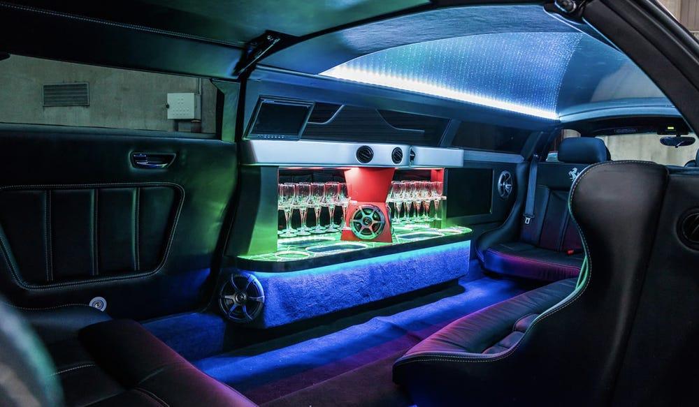 Ferrari 360 Modena limousine. Exotic Limo
