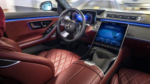 Mercedes-Benz E-Car Race Tesla 2030