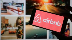 Airbnb startup IPO