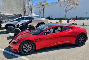 Tesla Roadster Cybertruck