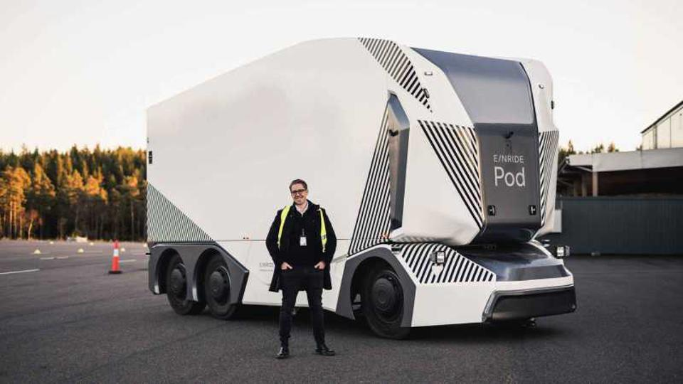 Einride's fully autonomous electric freight truck [-] on Top Gear's racing track. EINRIDE More From