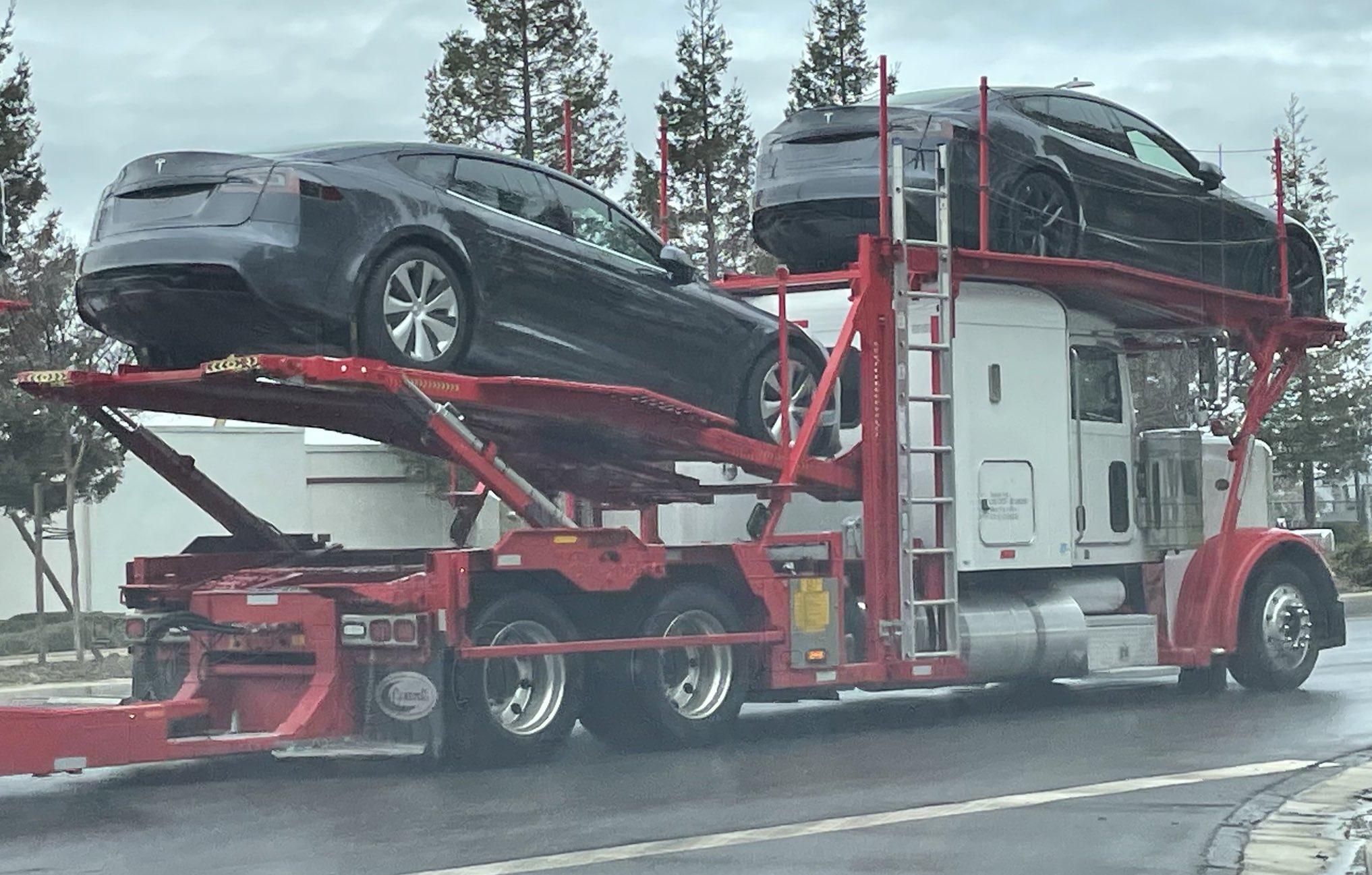 Tesla Model S Fremont Factory Plaid's