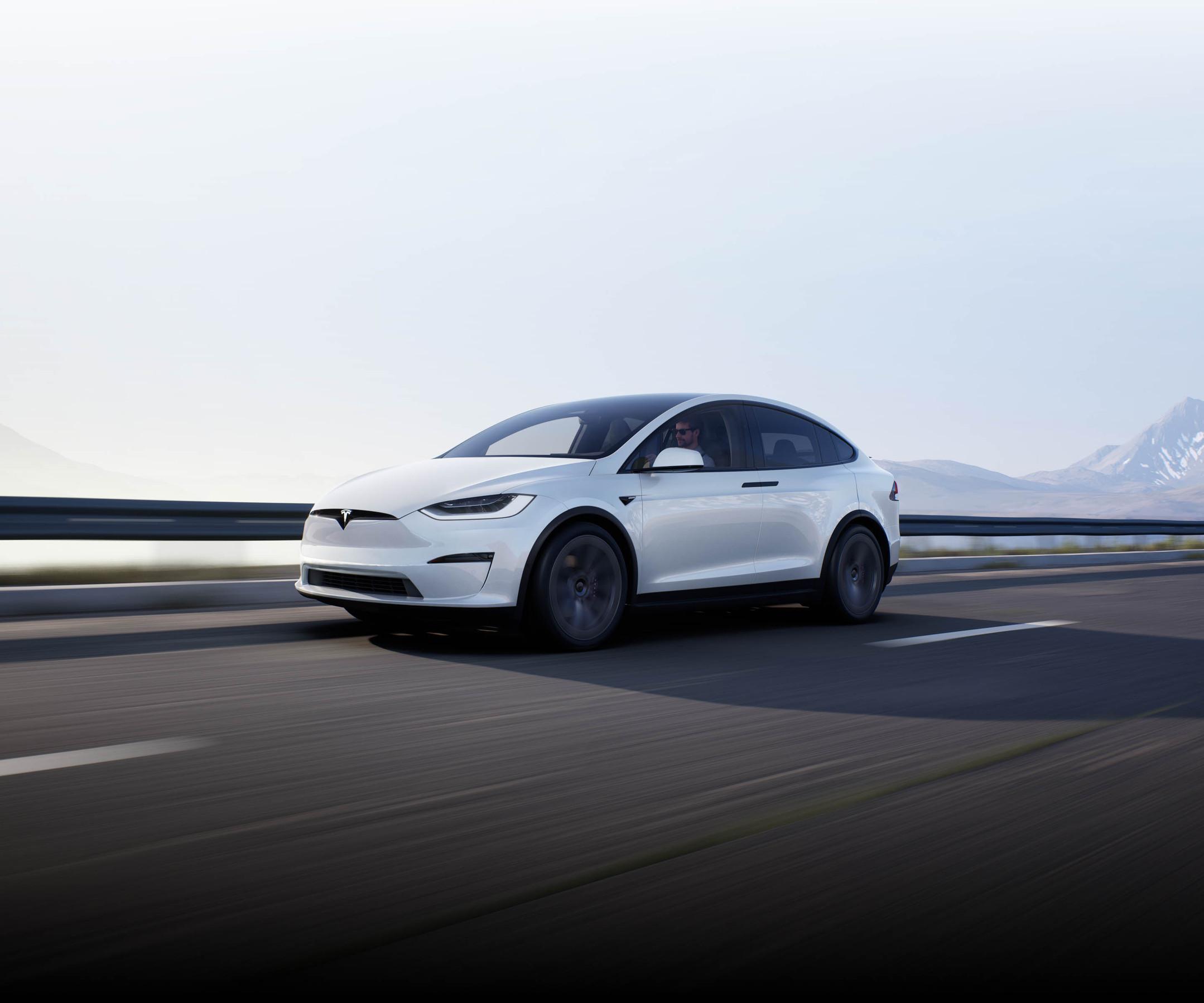 Tesla  NL