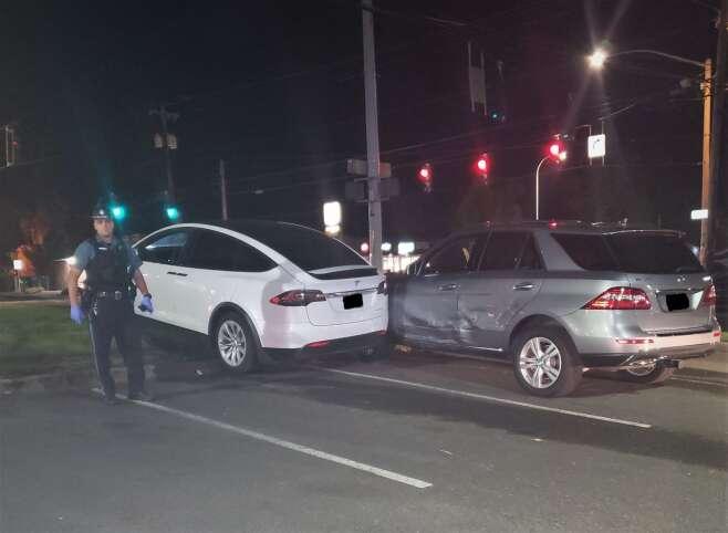 Driver Tesla Police Oregon