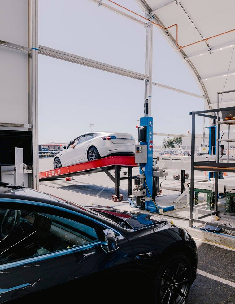 Tesla's factory in Fremont, California, 2018. As federal investigators escalate their scrutiny of Tesla's driver-assistance technology, another problem is emerging for the electric carmaker: complaints among customers that they have been sold an additional driver-assistance option that doesn't operate as advertised. (File/The New York Times)
