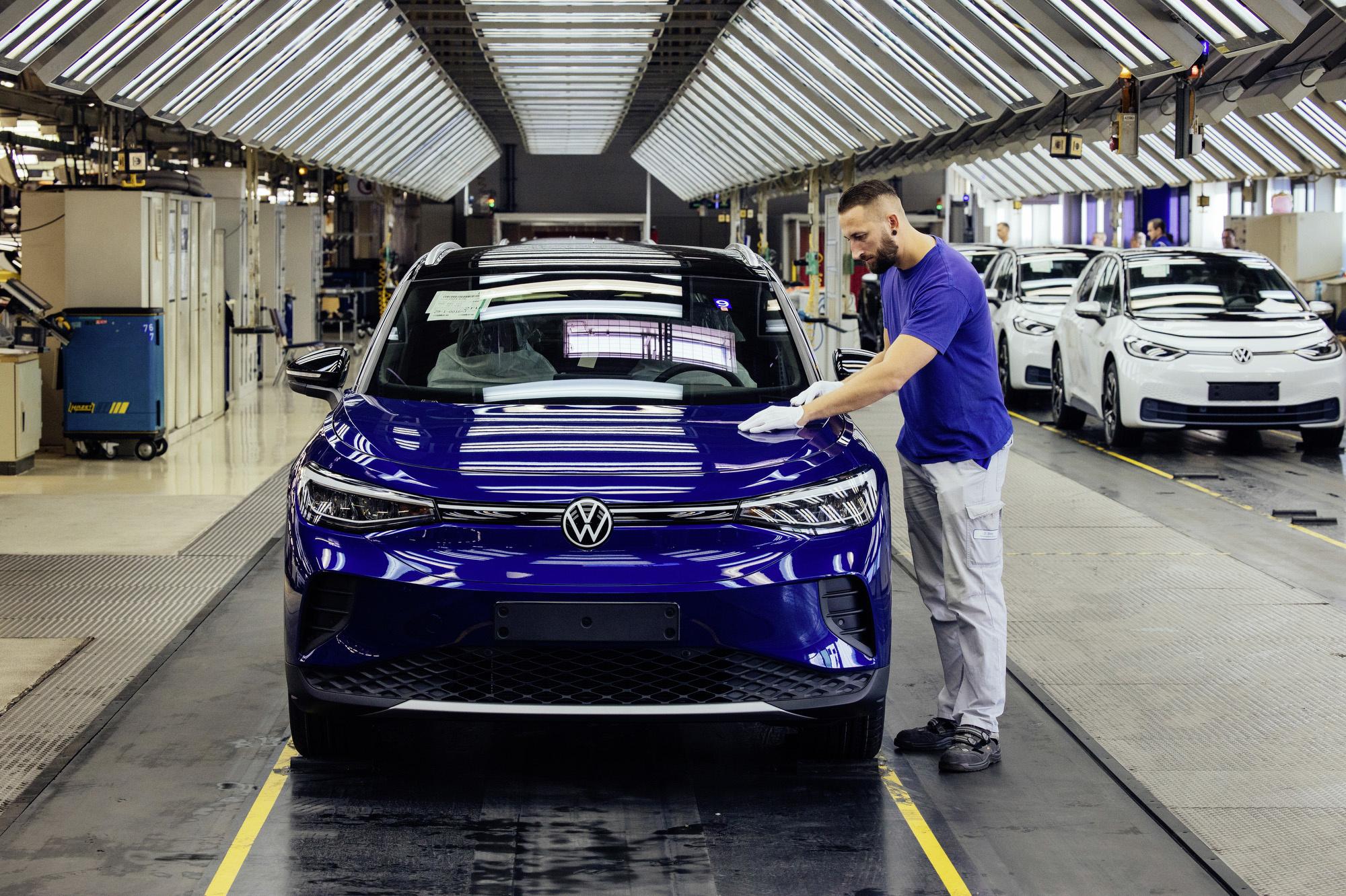 Produktion des VW ID4 / ID Crozz am 18.09.2020 bei Volkswagen Sachsen in Zwickau . Foto: Oliver Killig