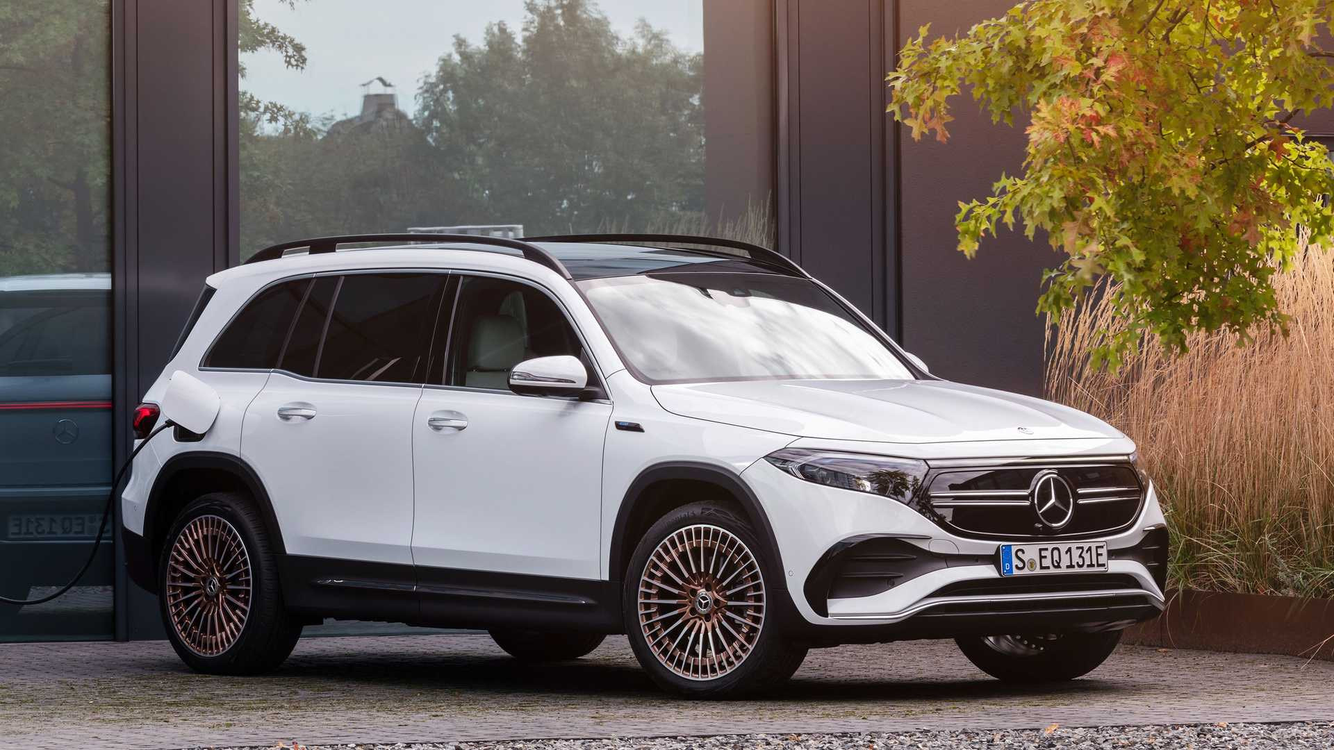 The Mercedes-Benz EQB. Mercedes-Benz