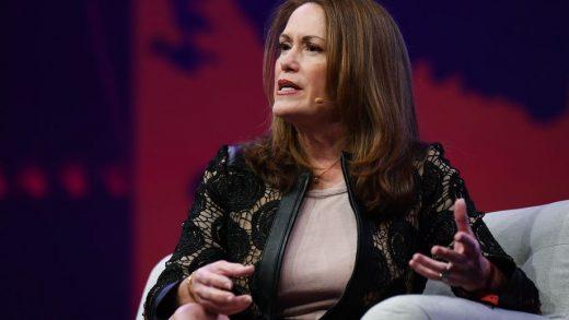 Magic Leap names former Microsoft executive as CEO