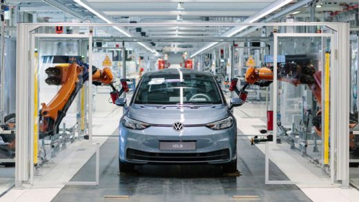 A worker on the final assembly line for the electric Volkswagen model ID.3 in Zwickau, Germany, April 23, 2020. Photo: Hendrik Schmidt/Reuters