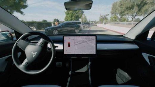Autopilot Tesla Police NHTSA